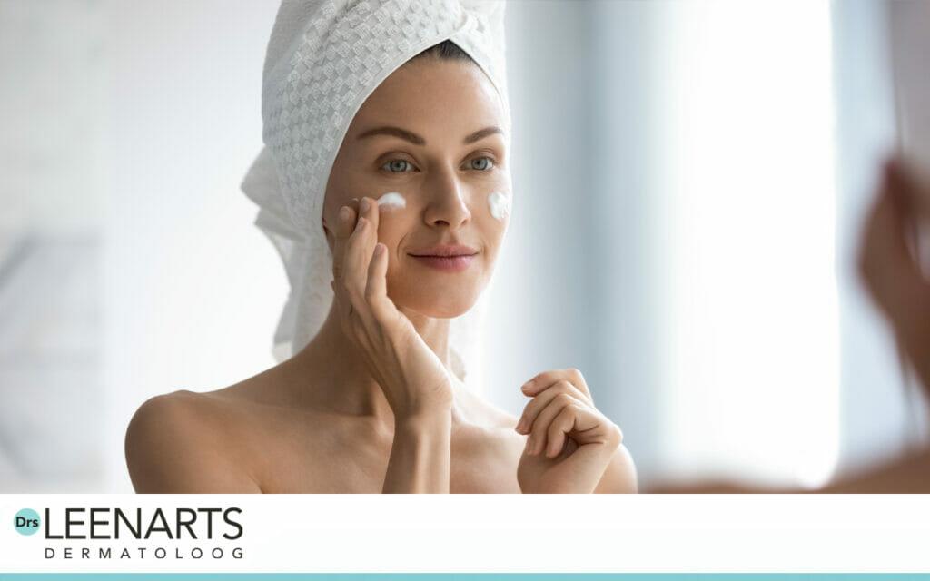 Dag- en Nachtcrème, verzorgt, verzacht en herstelt de huid, met sheabutter, antioxidanten, kokosolie